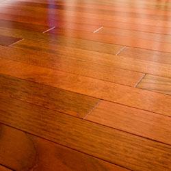 Sàn gỗ lăn bánh xe